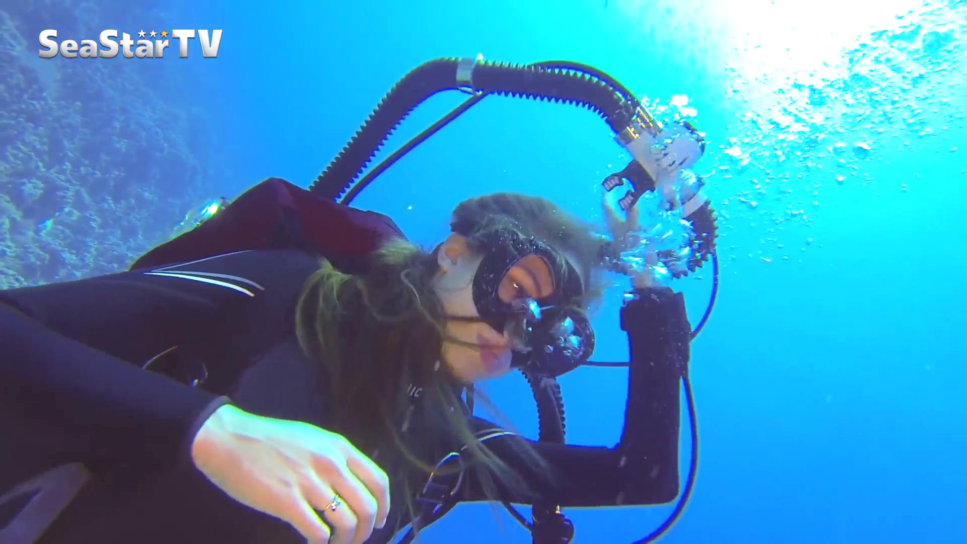 Underwater double hose regulator sex