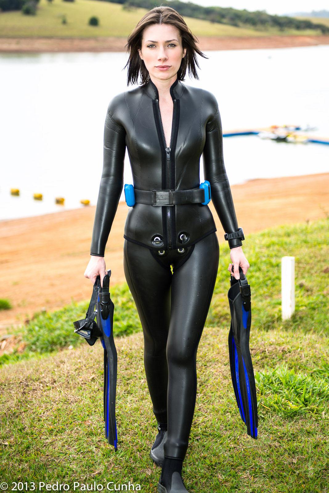 Sexy women wetsuit porn
